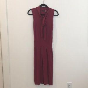 Knit midi dress with tie